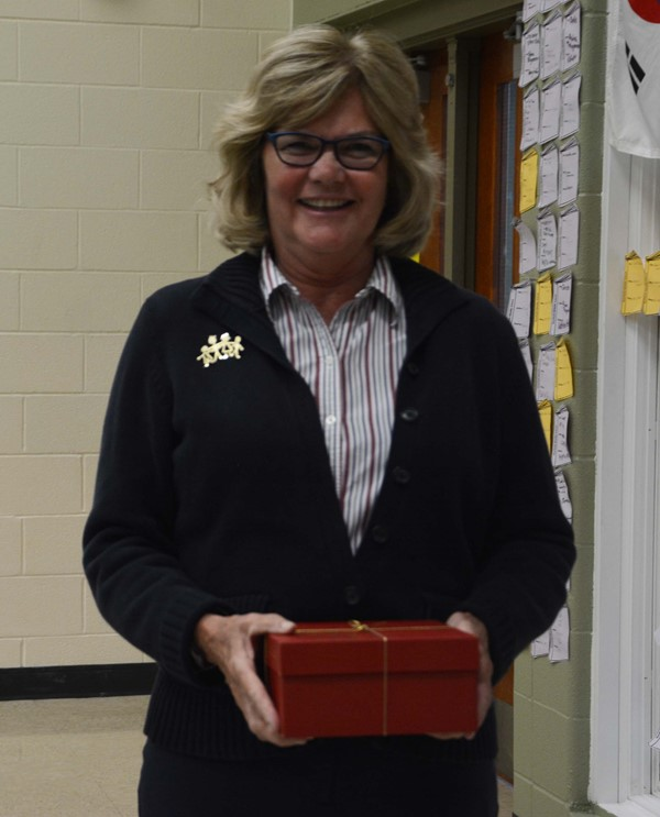 Retiree Gladys Favre, Paraprofessional, Lakewood High School