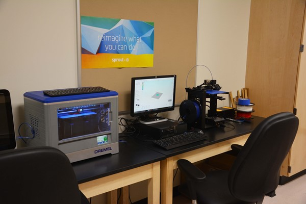 3-D printing station