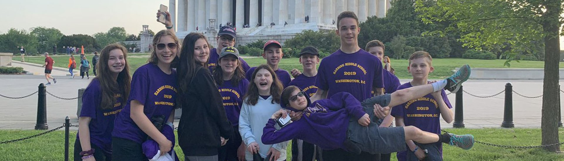 Harding 8th graders in D.C.