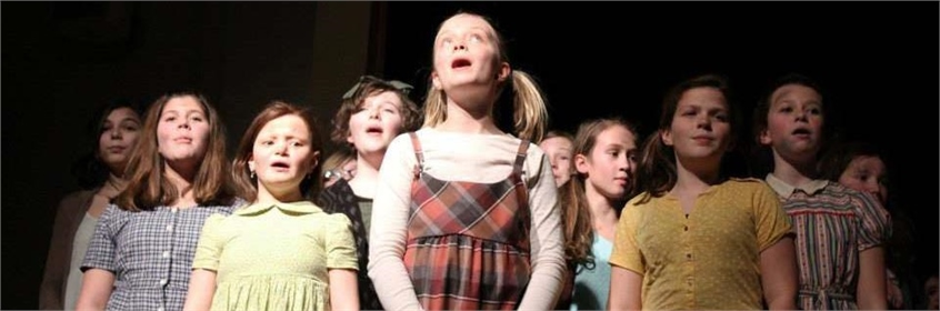 Harding production of Annie